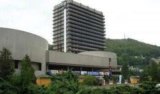 Ministr Babiš vymetl vedení hotelu Thermal