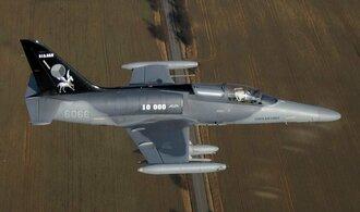 První české bitevníky L-159 dorazily do Iráku