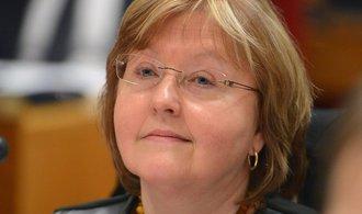 Nevýhodných vodovodních smluv se nezbavíme, tvrdí pražská radní Plamínková
