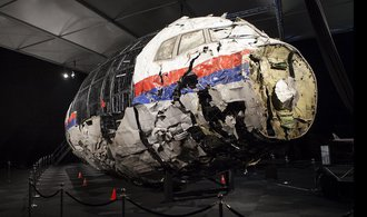 Boeing nad Ukrajinou sestřelila raketa Buk, potvrdili Nizozemci
