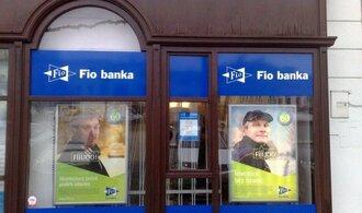 Fio banka vydělává, další nováčci na trhu zatím tratí