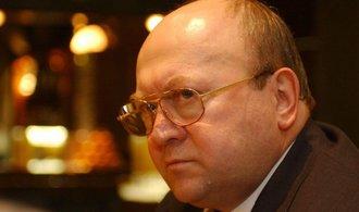 Mynář: Zeman jmenuje velvyslanci i Klausovou a Remka