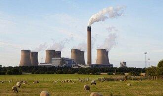 Emisní povolenky prudce zdražují, státy mají z jejich prodeje miliardy