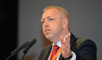 Sjezd ČSSD volí prvního místopředsedu, Chovanec v první volbě neuspěl