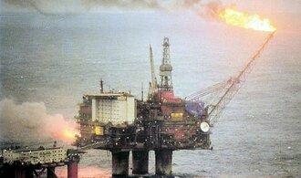 Statoil se kvůli poklesu cen ropy ve čtvrtletí propadl do ztráty