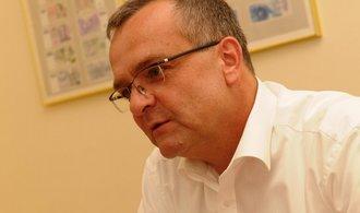 Ministerstvo chce vydat dluhopisy za sto miliard
