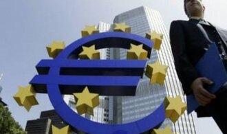 Sobotka: Nepřijetí eura srazí Česko na chvost unie, rozhodnout o něm má příští vláda