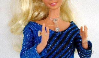 Mattelu dál roste ztráta, panenkám Barbie konkurují počítačové tablety