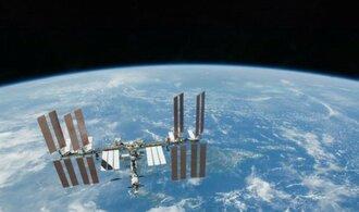 Rusko prý chce kolem Měsíce vybudovat vesmírnou stanici