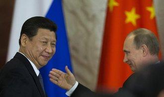 """Čínský prezident letí navštívit """"svého přítele"""" Putina, mají podepsat smlouvy za čtvrt bilionu"""