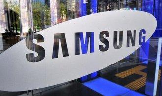Hořlavý mobilní telefon ohrožuje obchod mezi Samsungem a Fiatem