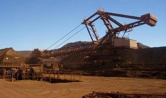 Těžař Rio Tinto odepíše v Kanadě a Mosambiku miliardy dolarů
