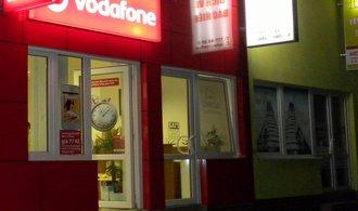 Vodafone otvírá vietnamskou prodejnu