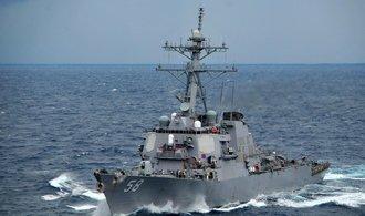 K břehům Libye směřují dvě americké válečné lodě
