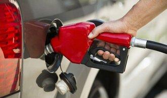 Benzin i nafta v Česku zůstávají nejdražší za téměř čtyři roky