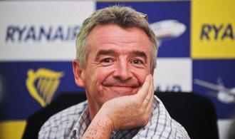 Když jste blbí, plaťte, vzkázal cestujícím šéf Ryanairu