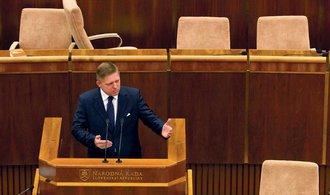 Slovensko má novou vládu. Opozice je v rozkladu