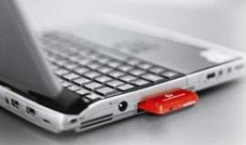 Mládek na ministerstvu rozdával tresty za výroky o cenách internetu