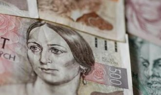 ČNB pokračuje v režimu intervencí, sazby nechala beze změny