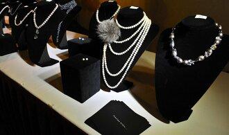 Zájem o šperky z drahých kovů i nadále klesá