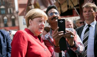 Bývalé východní Německo dodnes volí odlišně, má menší sympatie k Merkelové i k Zeleným