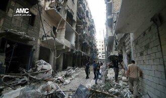 Syrská armáda prý v Halabu pokračuje v útocích, příměří navzdory