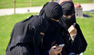 V Nizozemsku nebude možné zahalovat tvář na veřejnosti, poslanci přijali zákon