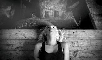 Ženy při orgasmu. Litevský fotograf vytvořil neobvyklou sérii fotografií