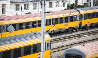 Sekyra zastaví kus nádraží Smíchov, ustoupit musí i Jančurovy žluté vlaky