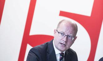 Premiér Sobotka pro E15: Platy v Česku porostou dál