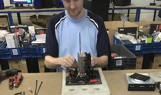 Alza postavila novou montážní linku PC, i tak sotva stíhá dodávat