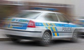 Policisté mají špatné řidičské návyky, říká instruktor bezpečné jízdy
