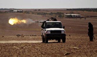 Syrská vláda otevřela v Halabu humanitární koridor. Řada lidí odmítá odejít