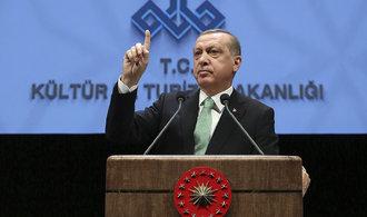 Turecké ústavní referendum bude v dubnu, Erdogan může získat mnohem větší moc