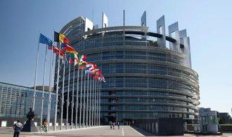 Europarlament: Zrušme bezvízový styk s USA