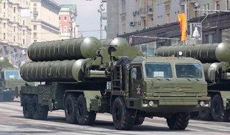 Rusové hrozí válkou, varuje britský generál. Moskva může ohrozit základnu na Kypru