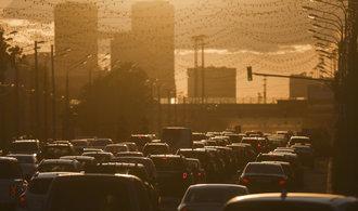 Koncentrace skleníkových plynů je opět na rekordu. V ochraně klimatu se nelepšíme, varují meteorologové