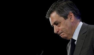 Bývalého favorita na post prezidenta Fillona čeká soudní řízení. Lidé ho už ale nechtějí
