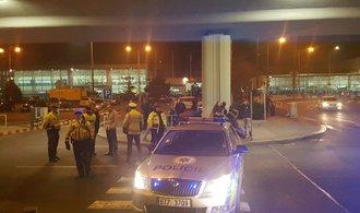 Anonym nahlásil bombu na ruzyňském letišti, do Schengenu nesmí odlétat letadla