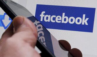 Facebook zaostřil na Indii. Za miliardy koupil podíl v tamním operátorovi