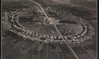 Náhodný objev knihovnice v archivu: podívejte se na 80 let staré letecké snímky z území Izraele