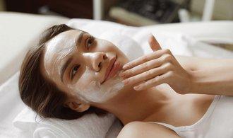 Česko je zemí levné kosmetiky a estetické chirurgie, řadí se mezi Vietnam a Thajsko