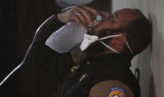 Chemický útok v Sýrii byl zinscenovaný, obvinila Moskva Británii. Je to absurdní, brání se Londýn
