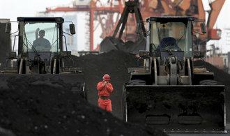 Čína chce fúzemi vytvořit deset uhelných megafirem