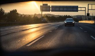 Na pěti úsecích dálnic se řidiči od ledna obejdou bez známky