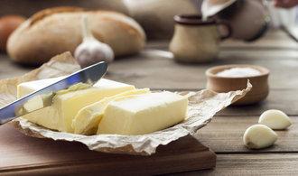 Co stojí za rekordní cenou másla? Hned několik aspektů. Čtěte