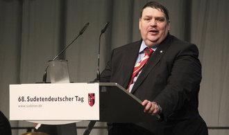 Švýcarský model státu s rovností jazyků mohl být nejlepší pro všechny, říká zástupce sudetských Němců