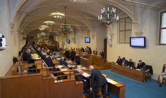Senát chce v působnosti Vojenského zpravodajství nechat bezpečnost