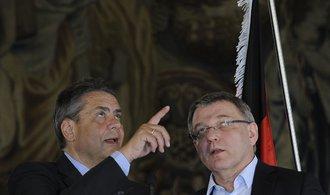 EU není jako Varšavská smlouva, odmítají Zaorálek s Gabrielem Zemanova slova
