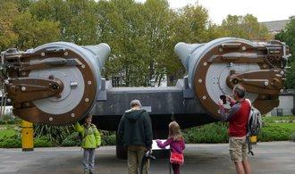 V-1 i děla z křižníků: londýnské válečné muzeum funguje už sto let